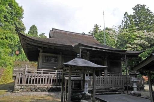 Burakuji 03 1528093027