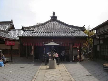 Syakuzouji 1528093229
