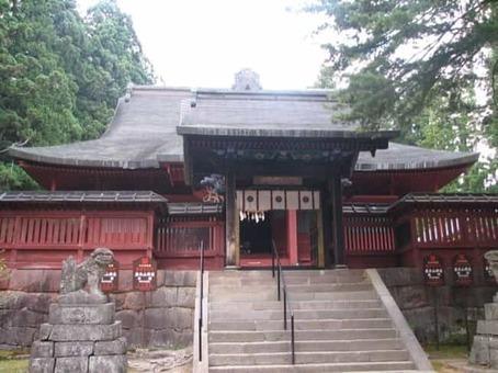 Iwakiyama shrine haiden2 1528096701