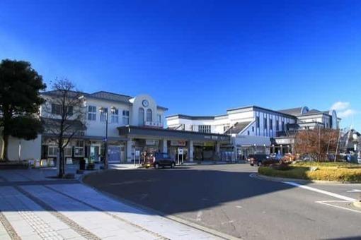 Tatebayashi station east entrance panorama 1 1528097007