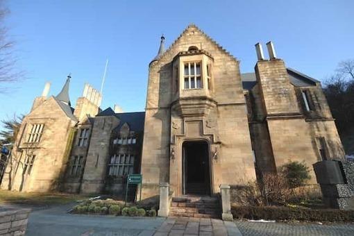 Marble village lockheart castle 2c lockheart castle front exterior 1528088063