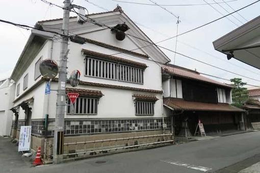 Kamoizumi shuzou 1528090469